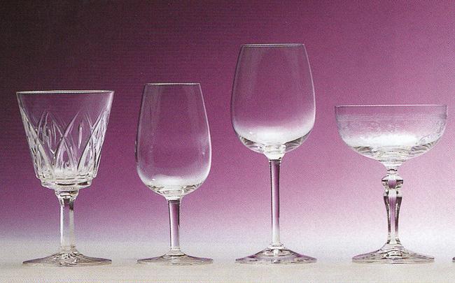 Loge aux verres par jean claude denogens - Boire une coupe de champagne enceinte ...